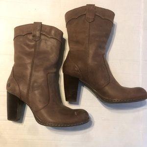 BORN Genevieve Brown Leather Boots 7.5 Heeled Calf